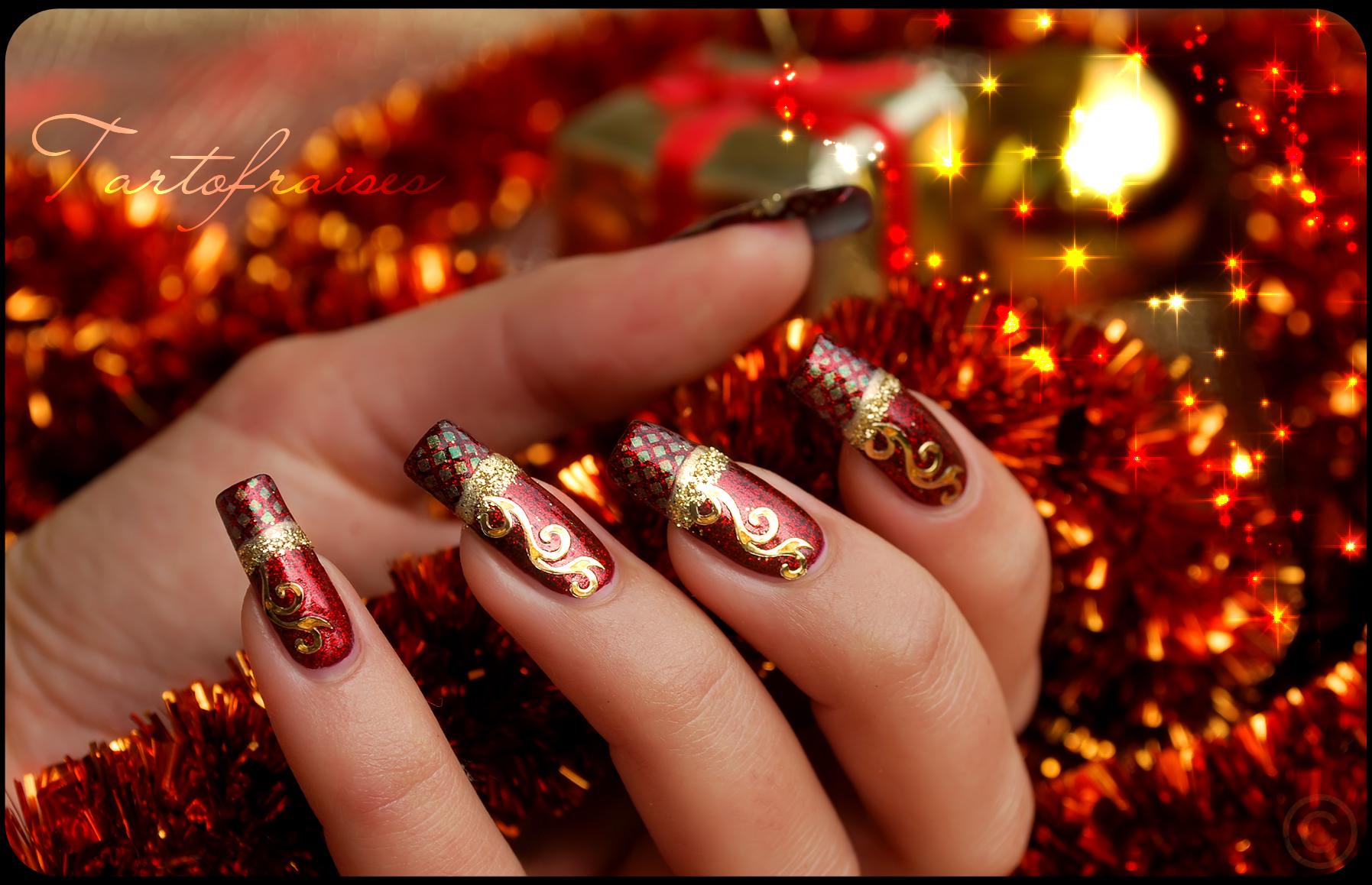Дизайн ногти красный с золотом